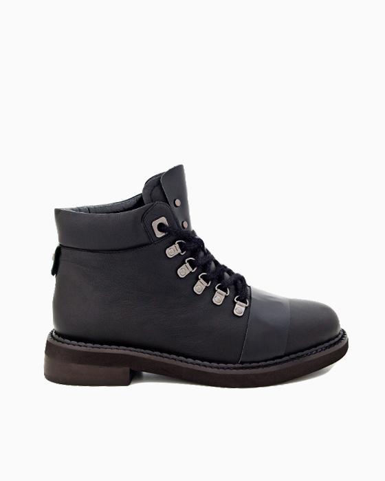 Черные ботинки ROU с открытой шнуровкой