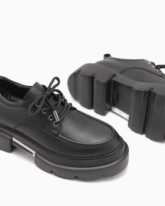 Туфли ROU с декором на массивной подошве