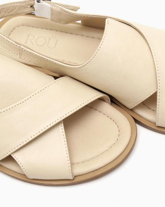 Светло-бежевые сандалии ROU