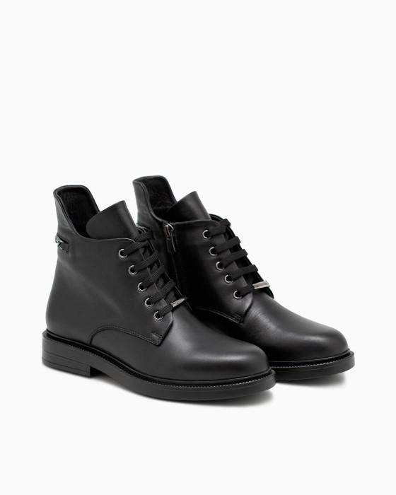 Черные ботинки ROU с цепочкой