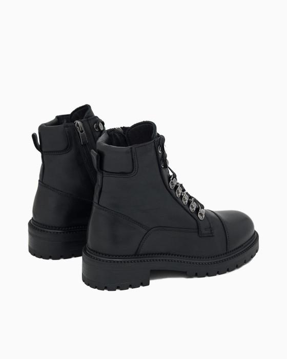 Брутальные зимние ботинки ROU с металлическим декором