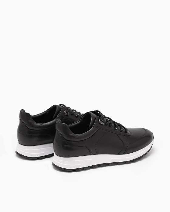 Черные классические кроссовки ROU с белой подошвой