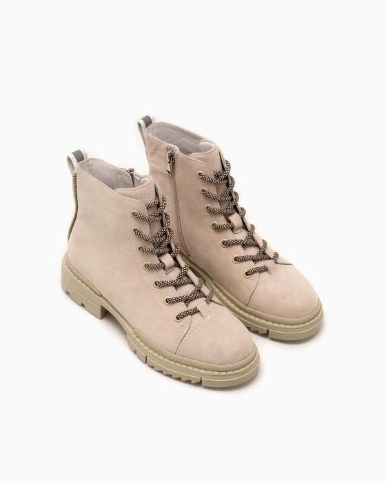 Светло-серые замшевые ботинки ROU