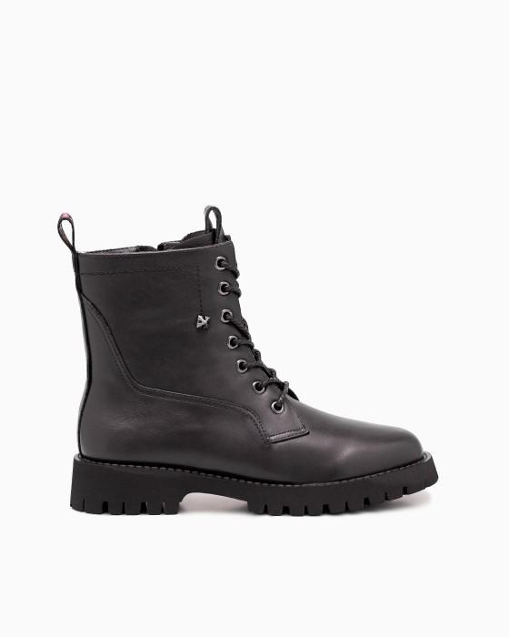 Осенние ботинки BERISSTINI на шнуровке