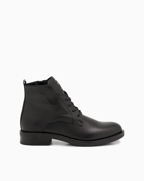 Черные демисезонные ботинки ROU с декором на язычке