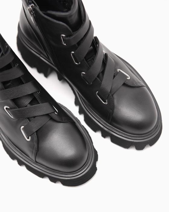 Ботики ROU c широким кожаным шнурком