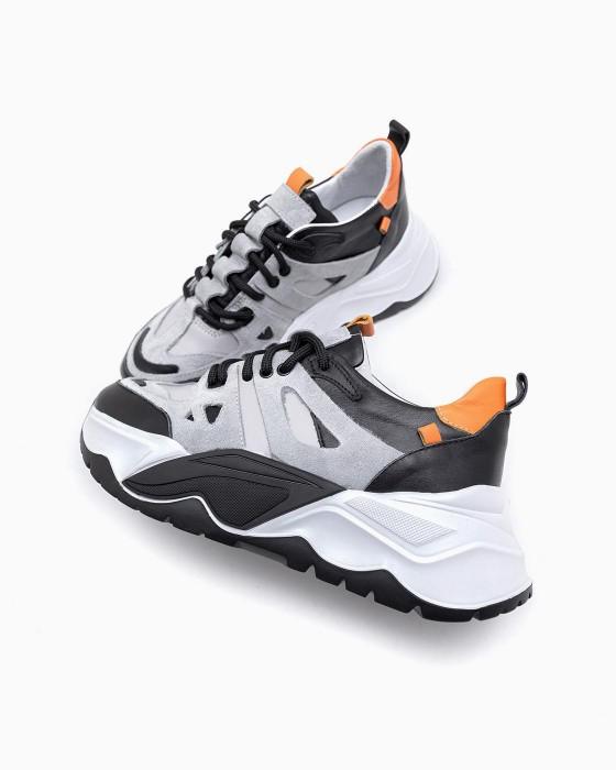 Серые замшевые кроссовки ROU на массивной подошве