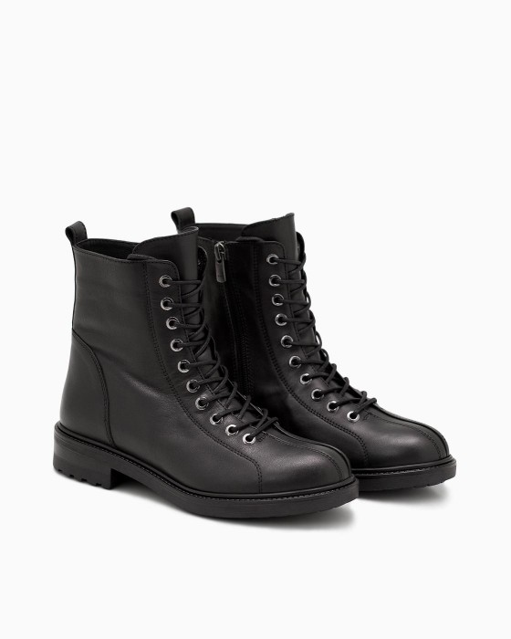 Черные демисезонные ботинки ROU со шнуровкой