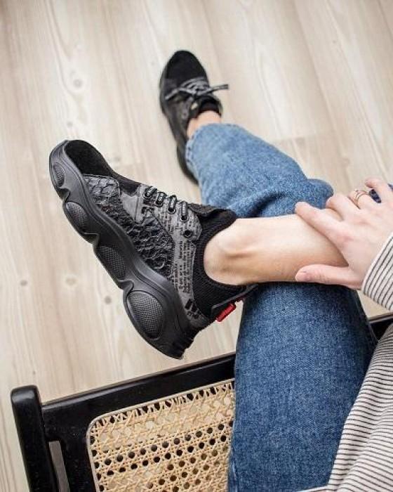 Черные кроссовки ROU с принтом
