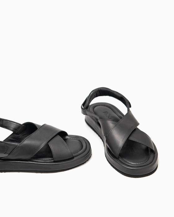 Черные кожаные сандалии ROU с мягкой подушкой на пятке